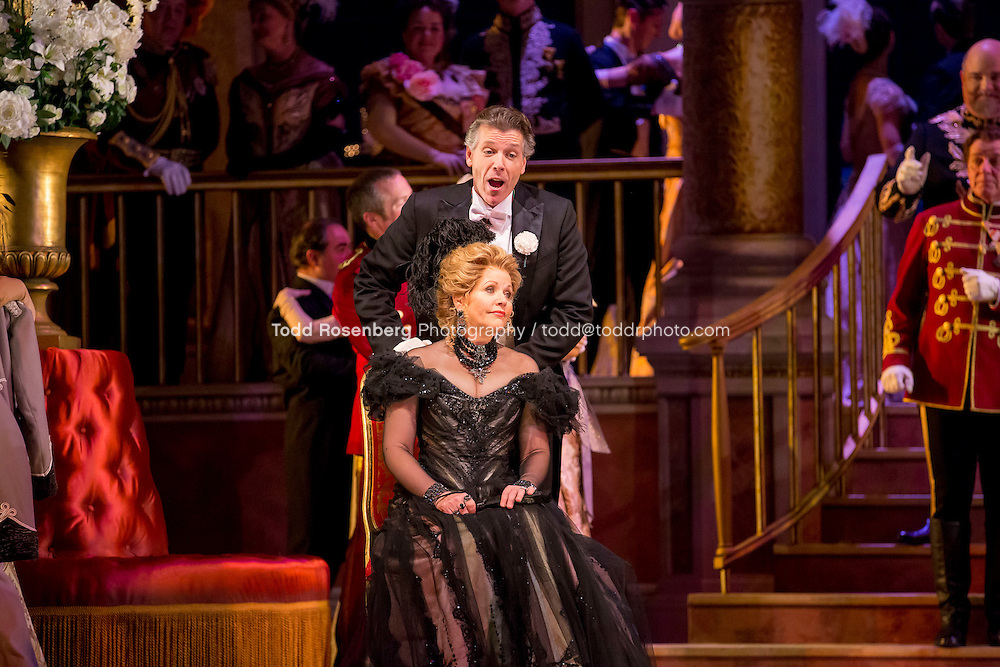 11/11/15 1:45:08 PM -- <br /> The Lyric Opera of Chicago Presents<br /> &quot;The Merry Widow&quot;<br /> Renee Fleming<br /> <br /> &copy; Todd Rosenberg Photography 2015