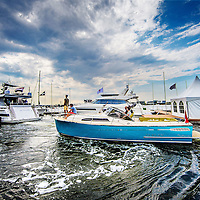 Nederland, Amsterdam, 26 augustus 2016.<br /> Hiswa te water.<br /> De HISWA te water vindt van 30 augustus tot en met 4 september plaats in de Amsterdam Marina op de NDSM-werf. De grootste in- water bootshow van Noord-Europa toont 300 boten, honderden watersportartikelen en heeft een activiteitenprogramma voor jong en oud. Aan de HISWA te water nemen dit jaar circa 60 boten en productprimeurs deel. De beurs telt de meeste primeurs sinds 2012.<br /> <br /> Netherlands, Amsterdam, August 26, 2016. <br /> HISWA in-water.The HISWA in-water takes place from 30 August to 4 September in Amsterdam Marina at the NDSM-shipyard. The largest in-water boat show in Northern Europe shows 300 boats, hundreds of water sports and has a program of activities for young and old. <br /> <br /> Want to buy a boat? Want to orientate on the latest models? Discover the latest trends in (inter)national yachts? Get tips from professionals? Meet the watersports? Visit the most complete in-water boatshow in Northern Europe at the NDSM shipyard. There are 300 brand new boats of 5-25 meters on the jetties and on the quay a wide range of nautical products. And on the water many exciting activities. Source: hiswatewater.nl<br /> <br /> <br /> Foto: Jean-Pierre Jans