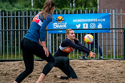 Nika Daalderop in action. From July 1, competition in the Netherlands may be played again for the first time since the start of the corona pandemic. Nevobo and Sportworx, the organizer of the DELA Eredivisie Beach volleyball, are taking this opportunity with both hands. At sunrise, Wednesday exactly at 5.24 a.m., the first whistle will sound for the DELA Eredivisie opening tournament in Zaandam on 1 July 2020 in Zaandam.