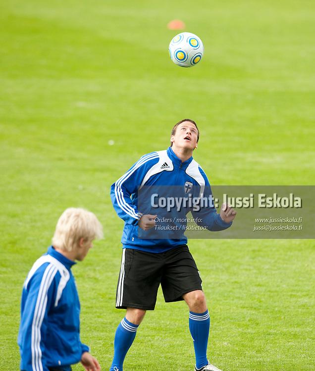 Petri Viljanen. Alle 21-vuotiaiden maajoukkueen harjoitukset. Häckenin stadion, Göteborg, Ruotsi 20.6.2009. Photo: Jussi Eskola