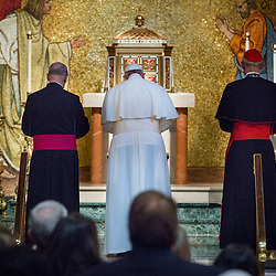 Lisa Johnston | lisajohnston@archstl.org  | Twitter: @aeternusphoto Pope Francis visited Cathedral of St. Matthew the Apostle Washington, DC to join with 300 Bishops from across the United States to pray Midday Prayer.