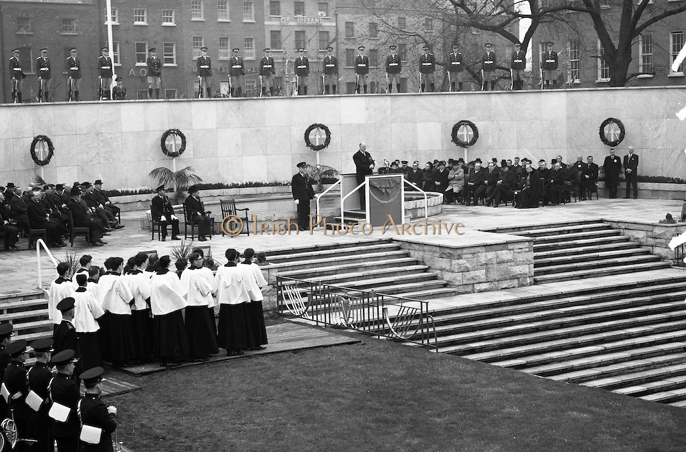 11/04/1966<br /> 04/11/1966<br /> 11 April 1966<br /> 1916 Jubilee Commemorations- Opening and Blessing Ceremony at the Garden of Remembrance, Parnell Square, Dublin. Image shows President Eamon de Valera speaking at the ceremony. Note guard of honour standing on wall.