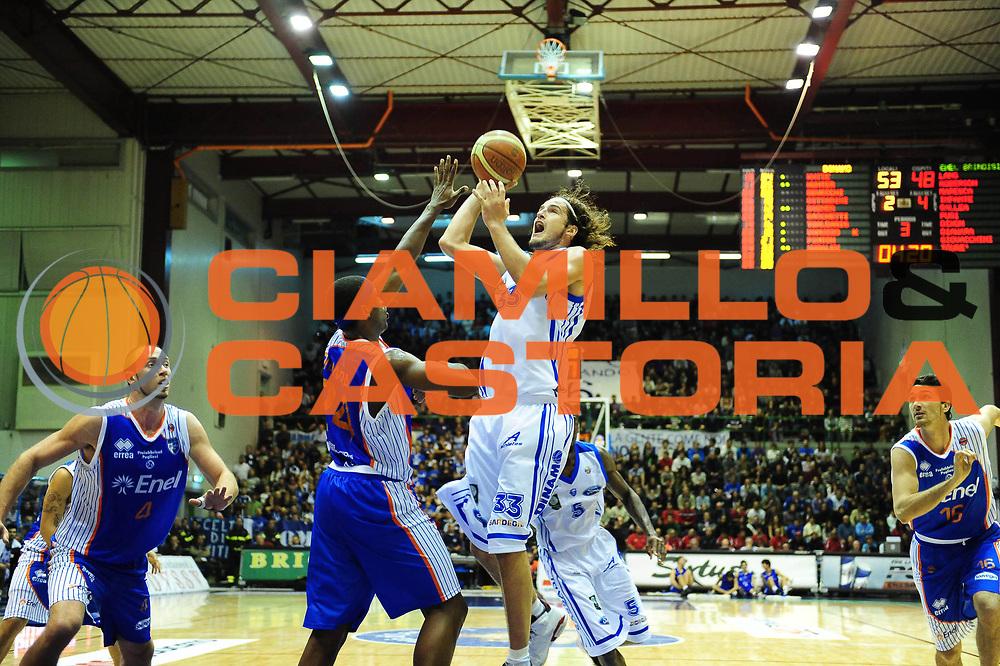 DESCRIZIONE : Sassari Lega A 2010-11 Dinamo Sassari ENEL BRINDISI<br /> GIOCATORE :JIRI HUBALEK<br /> SQUADRA :DINAMO SASSARI<br /> EVENTO : Campionato Lega A 2010-2011 <br /> GARA : Dinamo Sassari ENEL BRINDISI<br /> DATA : 28/11/2010<br /> CATEGORIA : PALLA A DUE<br /> SPORT : Pallacanestro <br /> AUTORE : Agenzia Ciamillo-Castoria/M.Turrini<br /> Galleria : Lega Basket A 2010-2011  <br /> Fotonotizia : Sassari Lega A 2010-11 Dinamo Sassari ENEL BRINDISI<br /> Predefinita :