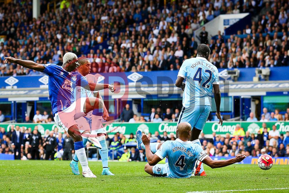 Everton's Arouna Kone fires a shot at goal  - Mandatory byline: Matt McNulty/JMP - 07966386802 - 23/08/2015 - FOOTBALL - Goodison Park -Everton,England - Everton v Manchester City - Barclays Premier League