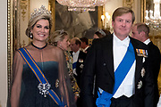 Staatsbezoek van Koning Willem Alexander en Koningin Máxima aan het Verenigd Koninkrijk<br /> <br /> Statevisit of King Willem Alexander and Queen Maxima to the United Kingdom<br /> <br /> Op de foto / On the photo: Staatsbanket in Buckingham Palace waar koningin Maxima het Diadeem / Tiara met de  Stuart diamant draagt met Koning Willem Alexander<br /> <br /> State banquet in Buckingham Palace where Queen Maxima wears the Diadem / Tiara with the Stuart diamond with King Willem Alexander