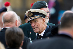 © London News Pictures. 08/11/2012. London, UK. PRINCE PHILIP, The Duke Of Edinburgh talking to former servicemen after officially opening the Field of Remembrance at Westminster Abbey on November 08, 2012. The Field of Remembrance at Westminster Abbey pays tribute to all the brave Service men and women who have served in our Armed Forces since World War I. Photo credit: Ben Cawthra/LNP