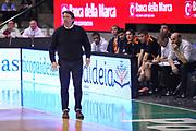 DESCRIZIONE : Treviso Lega due 2015-16  Universo Treviso De Longhi - Aurora Basket Jesi<br /> GIOCATORE : maurizio lasi<br /> CATEGORIA : Delusione<br /> SQUADRA : Universo Treviso De Longhi - Aurora Basket Jesi<br /> EVENTO : Campionato Lega A 2015-2016 <br /> GARA : Universo Treviso De Longhi - Aurora Basket Jesi<br /> DATA : 31/10/2015<br /> SPORT : Pallacanestro <br /> AUTORE : Agenzia Ciamillo-Castoria/M.Gregolin<br /> Galleria : Lega Basket A 2015-2016  <br /> Fotonotizia :  Treviso Lega due 2015-16  Universo Treviso De Longhi - Aurora Basket Jesi