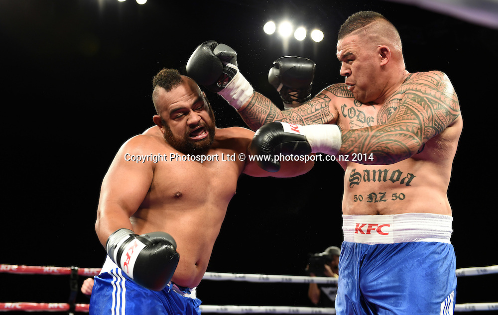 Brown Buttabean v The Tongan Bear. KFC Fight For Life Boxing by Duco Events at the Claudelands Arena in Hamilton. New Zealand. Saturday 6 December 2014. Photo: Andrew Cornaga/www.photosport.co.nz.