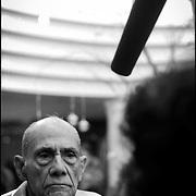 """PORTRAITS / RETRATOS<br /> <br /> Alfonso """"Poncho"""" Bauer Paiz<br /> Intelectual y político Guatemalteco <br /> Caracas - Venezuela 2004<br /> <br /> (Copyright © Aaron Sosa"""