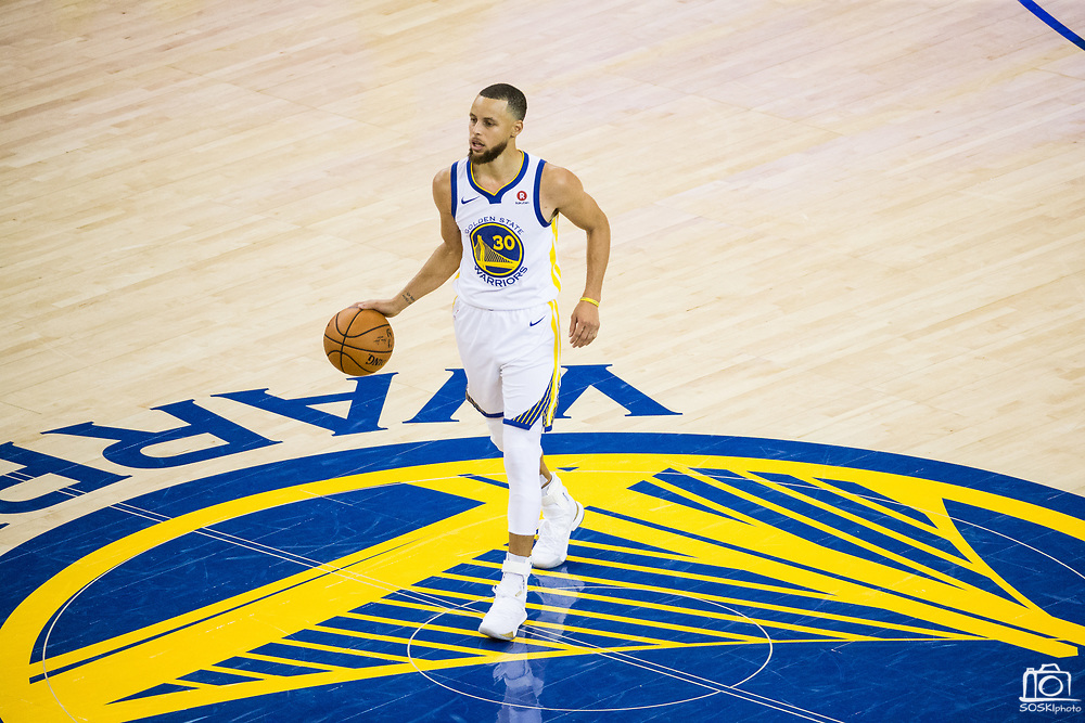 Golden State Warriors guard Stephen Curry (30) handles the ball against the Cleveland Cavaliers during Game 1 of the NBA Finals at Oracle Arena in Oakland, Calif., on May 31, 2018. (Stan Olszewski/Special to S.F. Examiner)