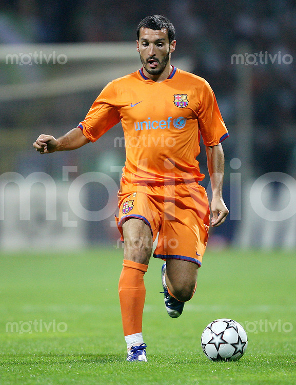 Fussball  International  Champions League  Saison 2006/2007 Gianluca ZAMBROTTA (Barcelona), Einzelaktion am Ball