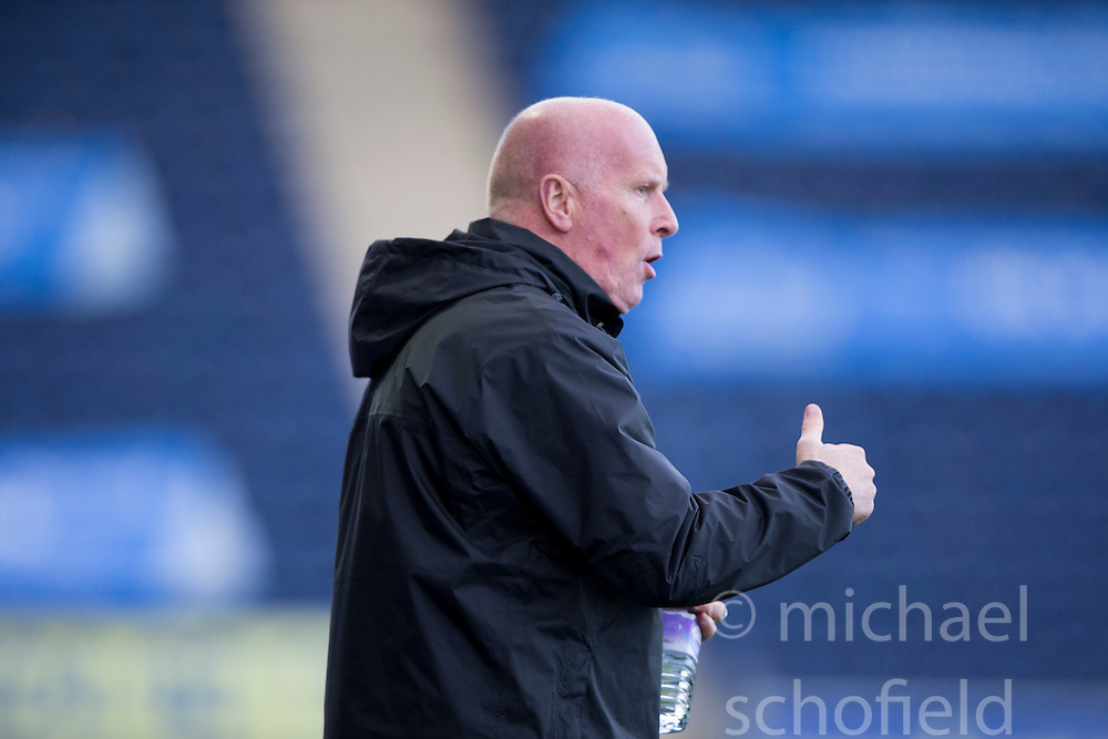 Falkirk's manager Peter Houston.<br /> Falkirk 6 v 0 Cowdenbeath, Scottish Championship game played at The Falkirk Stadium, 25/10/2014.