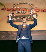 Carlos Platier Luna wint Expeditie Robinson 2017