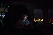 *Exklusiv* Verteidigungsminister Thomas de Maiziere (CDU)  in einen Hubschrauber auf dem Rückflug nach Berlin. Verteidigungsminister Thomas de Maiziere (CDU) besucht auf seiner Sommerreise das Transporthubschrauberregiment 10 in Fassberg . / 18072012,DEU,Deutschland,Berlin..