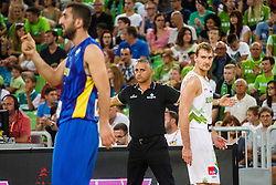 Igor Kokoskov head coach of team Slovenia and Zoran Dragic of Slovenia during qualifying match between Slovenia and Kosovo for European basketball championship 2017,  Arena Stozice, Ljubljana on 31th August, Slovenia. Photo by Grega Valancic / Sportida