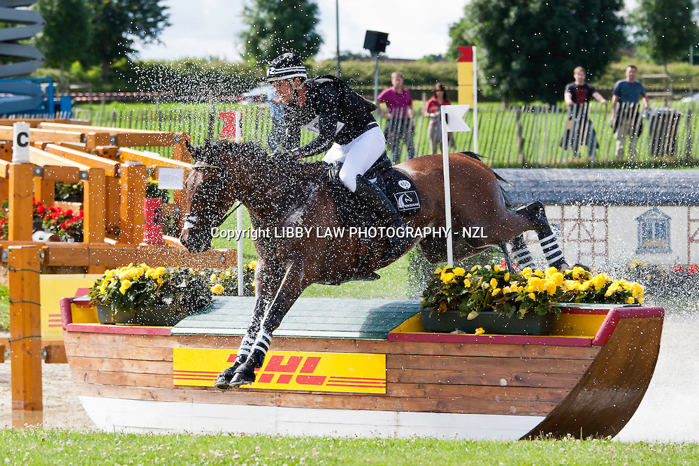 NZL-Jonathan Paget (BULLET PROOF) 2012 GER-CHIO Aachen Weltfest des Pferdesports (Saturday) - DHL Preis CICO*** Eventing XC: FINAL-32ND