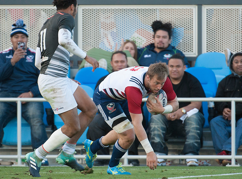 Ben Pinkelman runs in a try for the United States as the United States beat England to reach the final of of the Silicon Valley Sevens in San Jose, California. November 4, 2017. <br /> <br /> By Jack Megaw.<br /> <br /> <br /> <br /> www.jackmegaw.com<br /> <br /> jack@jackmegaw.com<br /> @jackmegawphoto<br /> [US] +1 610.764.3094<br /> [UK] +44 07481 764811