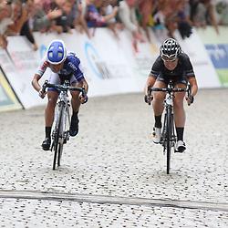 21-07-2016: Wielrennen: Thueringen Rundfahrt vrouwen: Gera <br /> GERA (DLD) wielrennen    <br /> De Amerikaanse Cory Rivera wint de slotetappe van de 29e Thueringen Rundfahrt in de sprint was ze sneller dan Amy Pieters