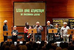 Im Vorfeld des G20-Gipfels in Hamburg lesen namhafte Künstler in der Laeiszhalle Texte des französischen Widerstandskämpfers Stéphane Hessel.<br /> <br /> Ort: Hamburg<br /> Copyright: Andreas Conradt<br /> Quelle: PubliXviewinG