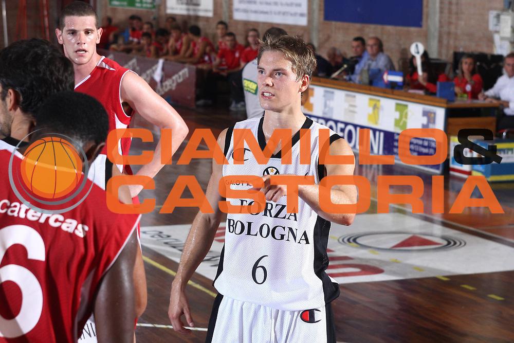 DESCRIZIONE : Castelfiorentino Lega A 2009-10 Basket Torneo V. Martini Virtus Bologna Bancatercas Teramo<br /> GIOCATORE : Petteri Kopoman <br /> SQUADRA : Virtus Bologna <br /> EVENTO : Campionato Lega A 2009-2010 <br /> GARA : Virtus Bologna Bancatercas Teramo<br /> DATA : 12/09/2009<br /> CATEGORIA : ritratto<br /> SPORT : Pallacanestro <br /> AUTORE : Agenzia Ciamillo-Castoria/C.De Massis
