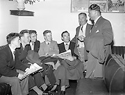 23/05/1957<br /> 05/23/1957<br /> 23 May 1957<br /> F.A.I. Youths team for tour of Germany. W. Whitnell, the team trainer is on the far right.