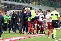 01.10.2017 - Milano  Serie A 7a   giornata  -  Milan-Roma  nella  foto: Edin Dzeko travolto dai compagni dopo il gol