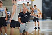 DESCRIZIONE : Bormio Raduno Collegiale Nazionale Italiana Maschile Allenamento<br /> GIOCATORE : Coach Luca Dalmonte<br /> SQUADRA : Nazionale Italia Uomini <br /> EVENTO : Raduno Collegiale Nazionale Italiana Maschile <br /> GARA : <br /> DATA : 30/06/2010 <br /> CATEGORIA : <br /> SPORT : Pallacanestro <br /> AUTORE : Agenzia Ciamillo-Castoria/GiulioCiamillo<br /> Galleria : Fip Nazionali 2010 <br /> Fotonotizia : Bormio Raduno Collegiale Nazionale Italiana Maschile Allenamento<br /> Predefinita :