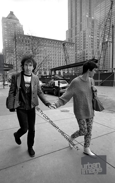 Photograph of U2 - The Edge  and girlfriend back at the hotel -  USA tour 1981 Chicago  USA