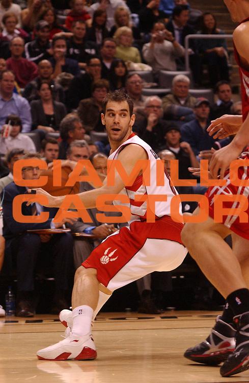 DESCRIZIONE : Toronto Campionato NBA 2008-2009 Toronto Raptors Houston Rockets<br /> GIOCATORE : Jose Calderon<br /> SQUADRA : Toronto Raptors Houston Rockets<br /> EVENTO : Campionato NBA 2008-2009 <br /> GARA : Toronto Raptors Houston Rockets<br /> DATA : 02/01/2009 <br /> CATEGORIA :<br /> SPORT : Pallacanestro <br /> AUTORE : Agenzia Ciamillo-Castoria/V.Keslassy<br /> Galleria : NBA 2008-2009<br /> Fotonotizia : Toronto Campionato NBA 2008-2009 Toronto Raptors Houston Rockets<br /> Predefinita :