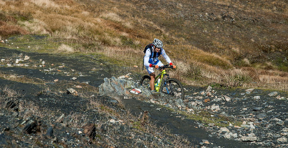 15-09-2017 ITA: BvdGF Tour du Mont Blanc day 6, Courmayeur <br /> We starten met een dalende tendens waarbij veel uitdagende paden worden verreden. Om op het dak van deze Tour te komen, de Grand Col Ferret 2537 m., staat ons een pittige klim (lopend) te wachten. Na een welverdiende afdaling bereiken we het Italiaanse bergstadje Courmayeur. Gorka