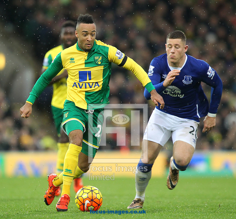Nathan Redmond of Norwich and Ross Barkley of Everton in action during the Barclays Premier League match at Carrow Road, Norwich<br /> Picture by Paul Chesterton/Focus Images Ltd +44 7904 640267<br /> 12/12/2015