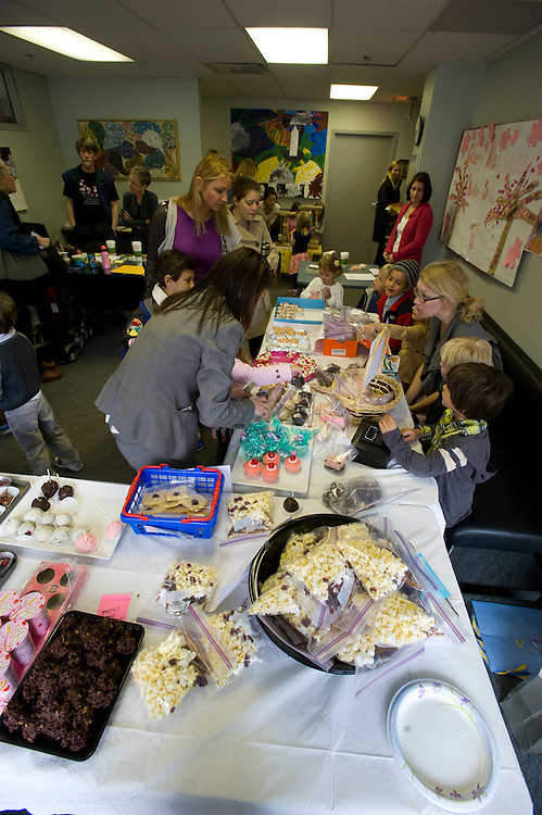 WASHINGTON (2010-2011) -- River School Kids, bake sale.  Photo by Johnny Bivera