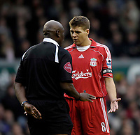 Photo: Jed Wee.<br />Liverpool v Reading. The Barclays Premiership. 04/11/2006.<br /><br />Liverpool captain Steven Gerrard remonstrates with referee Uriah Rennie.