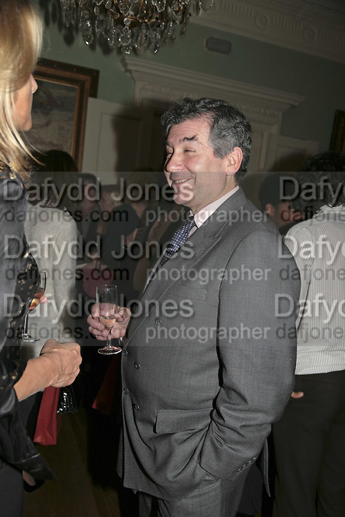 STEPHEN WALEY-COHEN, PARTY AT DARTMOUTH HOUSE AFTER A PREMIERE SCREENING OF PERFUME AT THE CURZON. LONDON.<br />