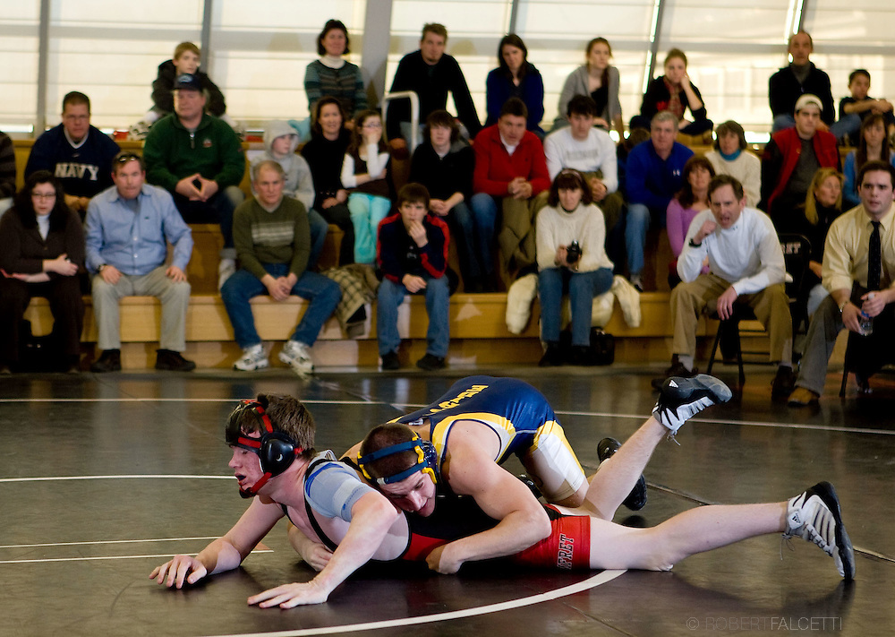 Pomfret School winter sports 2009, Wrestling..©2009 RobertFalcettiStudio