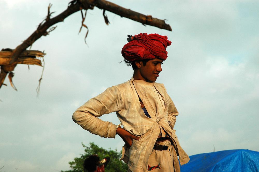 Young Maldhari nomad in the bush..Michael BEnanav - mbenanav@gmail.com