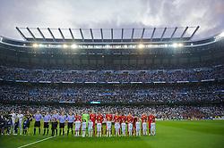 25.04.2012, Estadio Santiago Bernabeu, Madrid, ESP, UEFA CL, Halblfinal-Rueckspiel, Real Madrid (ESP) vs FC Bayern Muenchen (GER), im Bild FC Bayern Munchen players before the UEFA Championsleague, 2nd Leg Halffinal Match between Real Madrid (ESP) vs FC Bayern Muenchen (GER) at the Estadio Santiago Bernabeu, Madrid, Span on 2012/04/25. EXPA Pictures © 2012, PhotoCredit: EXPA/ Propagandaphoto/ David Rawcliff..***** ATTENTION - OUT OF ENG, GBR, UK *****