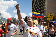 Venezuelan student lider, Ricardo Sanchez (c) takes part in a campaign rally against Venezuelan President Hugo Chavez's proposal of constitutional changes in Caracas, February 7, 2009. Venezuelans will vote on February 15 on proposed changes to the constitution allowing Chavez and other politicians to stay in office as long as they keep winning elections. (Photo/Ivan Gonzalez)