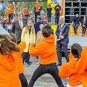 NLD/Tilburg/20170427- Koningsdag 2017, Willem-Alexander, Maxima en kinderen Amalia, Ariene en Alexia