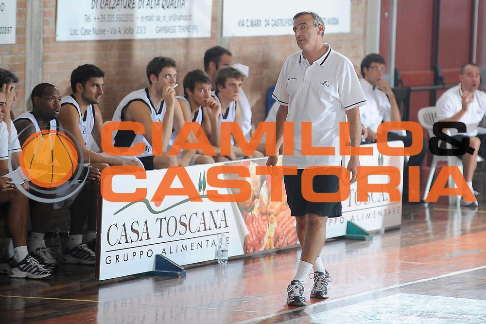 DESCRIZIONE : Castelfiorentino Lega A 2009-10 Basket Torneo V. Martini Virtus Bologna Bancatercas Teramo<br /> GIOCATORE : Lino Lardo <br /> SQUADRA : Virtus Bologna<br /> EVENTO : Campionato Lega A 2009-2010 <br /> GARA : Virtus Bologna Bancatercas Teramo<br /> DATA : 12/09/2009<br /> CATEGORIA : coach<br /> SPORT : Pallacanestro <br /> AUTORE : Agenzia Ciamillo-Castoria/G.Ciamillo