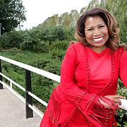 NLD/Amsterdam/20120822 - Perspresentatie SBS Sterren Springen, deelneemster Justine Pelmelay