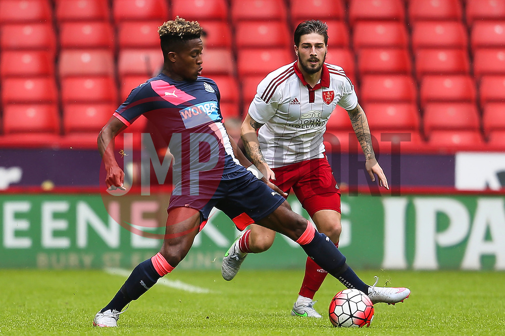 Rolando Aarons of Newcastle United in action - Mandatory by-line: Matt McNulty/JMP - 26/07/2015 - SPORT - FOOTBALL - Sheffield,England - Bramall Lane - Sheffield United v Newcastle United - Pre-Season Friendly