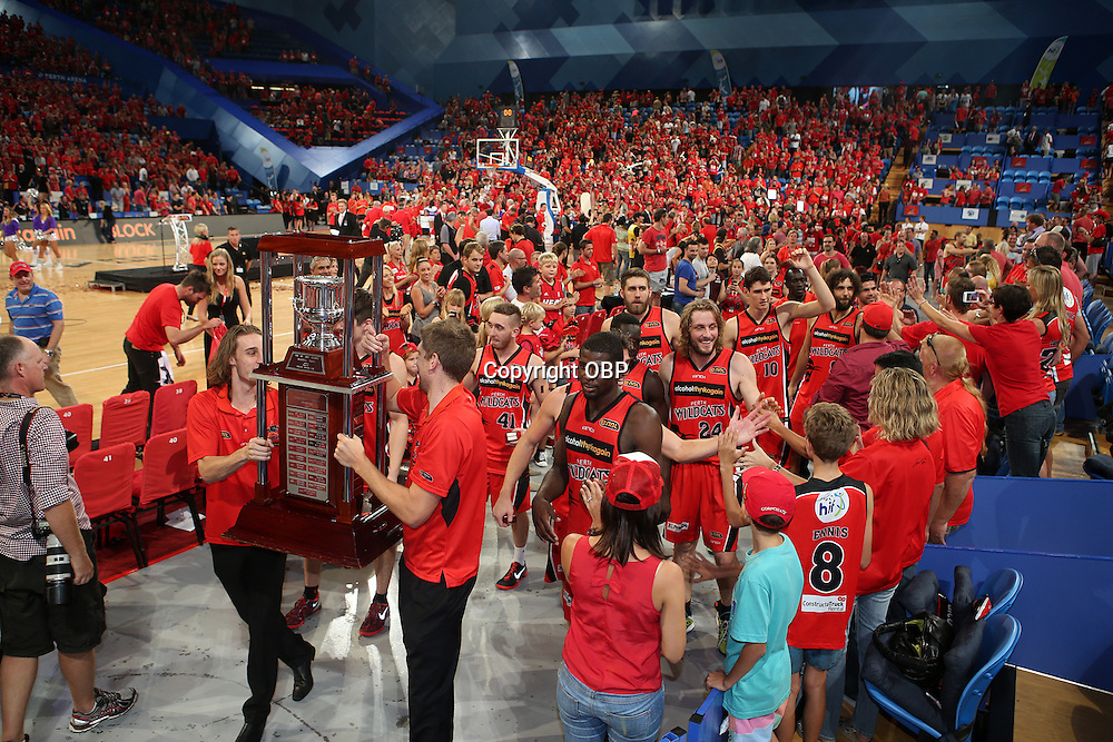 Wildcats celebrate post match. Perth Wildcats Vs Adelaide 36ers, NBL Basketball, Perth Arena, PERTH, Western Australia. Sunday, 13 April, 2014. Photo: Travis Hayto / photosport.co.nz