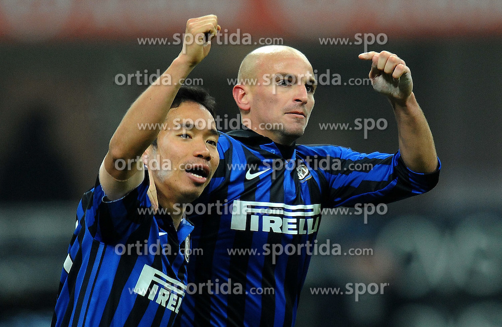 21.12.2011, Stadion Giuseppe Meazza, Mailand, ITA, Serie A, Inter Mailand vs US Lecce, 16. Spieltag, im Bild esultanza dopo il gol di Esteban CAMBIASSO (Inter) goal celebration // during the football match of Italian 'Serie A' league, 16th round, between Inter Mailand and US Lecce at Stadium Giuseppe Meazza, Milan, Italy 2011/12/21. EXPA Pictures © 2011, PhotoCredit: EXPA/ Insidefoto/ Alessandro Sabattini..***** ATTENTION - for AUT, SLO, CRO, SRB, SUI and SWE only *****