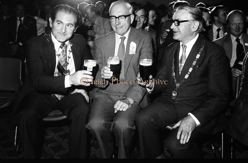 """Guinness Launch """"Guinness Light"""".  (M79)..1979..26.06.1979..06.26.1979..26th June 1979..At the Guinness Theatre in St James Gate Brewery,Guinness launched """"Guinness Light"""". With a spectacular show Guinness brought to the market a new lighter version of its world famous stout. it is hoped that it will fill a niche with younger drinkers frequenting Ireland's pubs and clubs..Pictured sampling the New Guinness Light are (L-R) Eddie Bohan,President, Vintners Federation of Ireland, Senator Dr Whitaker and Gerry Duffy President, R.G.D.A.T.A."""