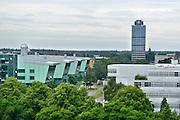 Nederland, Nijmegen, 8-7-2016Campus heyendaal .Het huygensgebouw van de radboud universiteit, ru, waar de beta studies gehuisvest zijn. Op de achtergrond het Erasmusgebouw waar o.a. de faculteit letteren in zit, rechtsonder een gebouw van de han, hogeschool arnhem-nijmegen.Foto: Flip Franssen