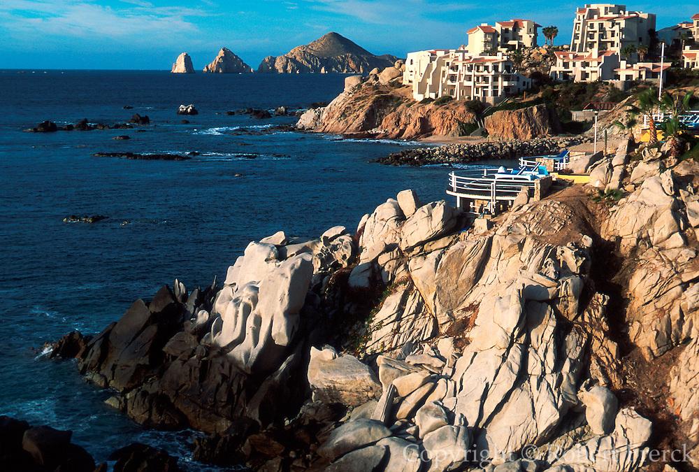 MEXICO, BAJA CALIFORNIA Cabo San Lucas, El Arco
