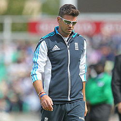 England's James Anderson during the first day of the Investec 5th Test match between England and India at the Kia Oval, London, 15th August 2014 © Phil Duncan | SportPix.org.uk