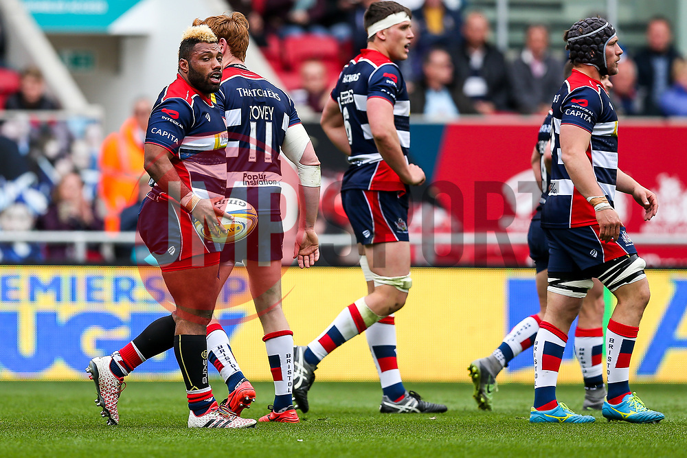 Jack Tovey congratulates tryscorer Jamal Ford-Robinson of Bristol Rugby - Rogan Thomson/JMP - 06/05/2017 - RUGBY UNION - Ashton Gate Stadium - Bristol, England - Bristol Rugby v Newcastle Falcons - Aviva Premiership.