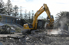 Napier-Marineland, Napier landmark demolished